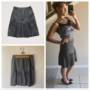 Ann Taylor Plated Fitted Skirt 2 Petite